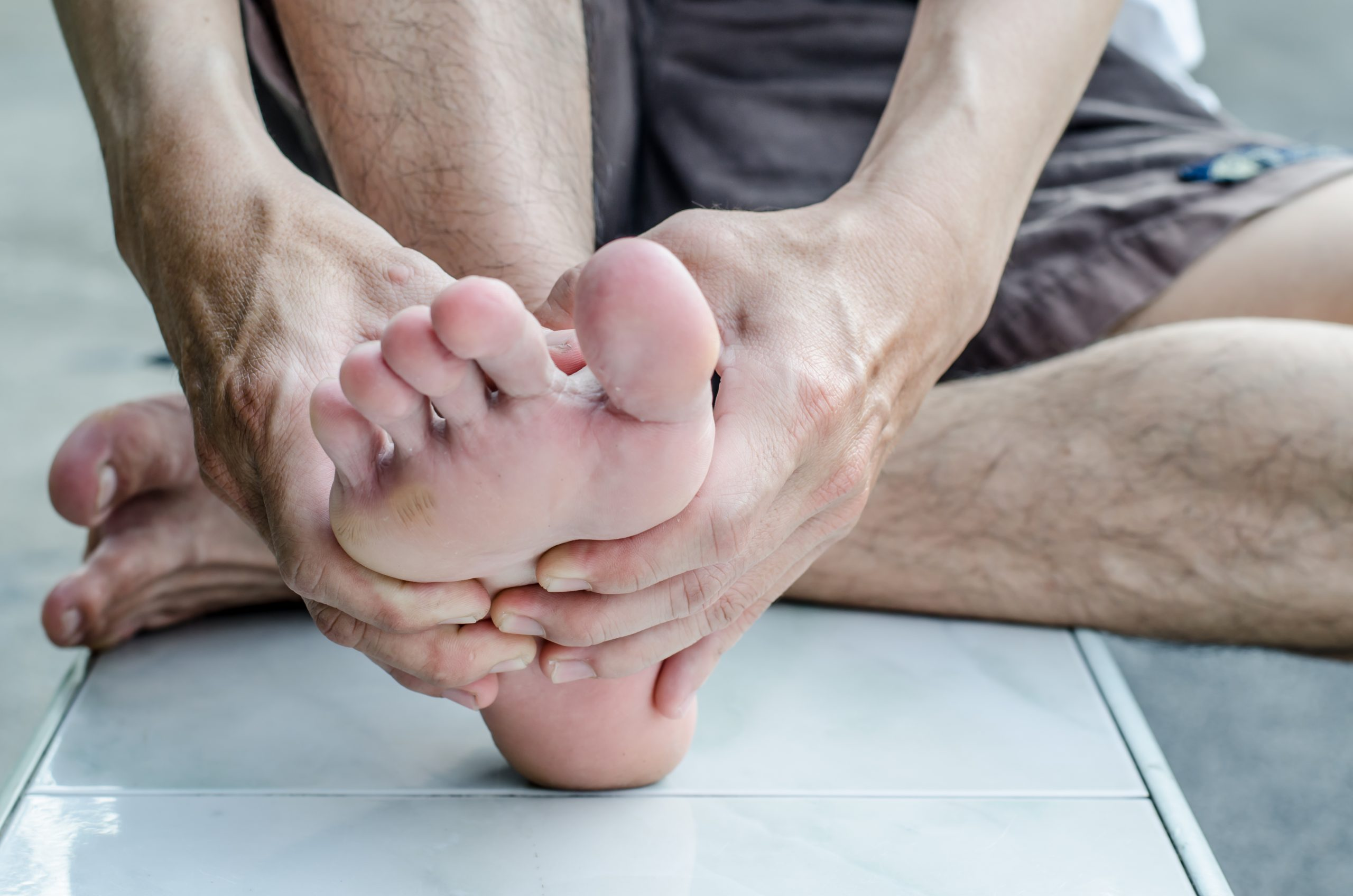 Remedial Massage treatment of foot pain and plantar facilitis